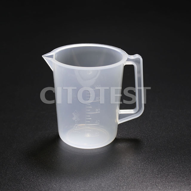 Beaker with Molded Graduation and Handle, PP Material